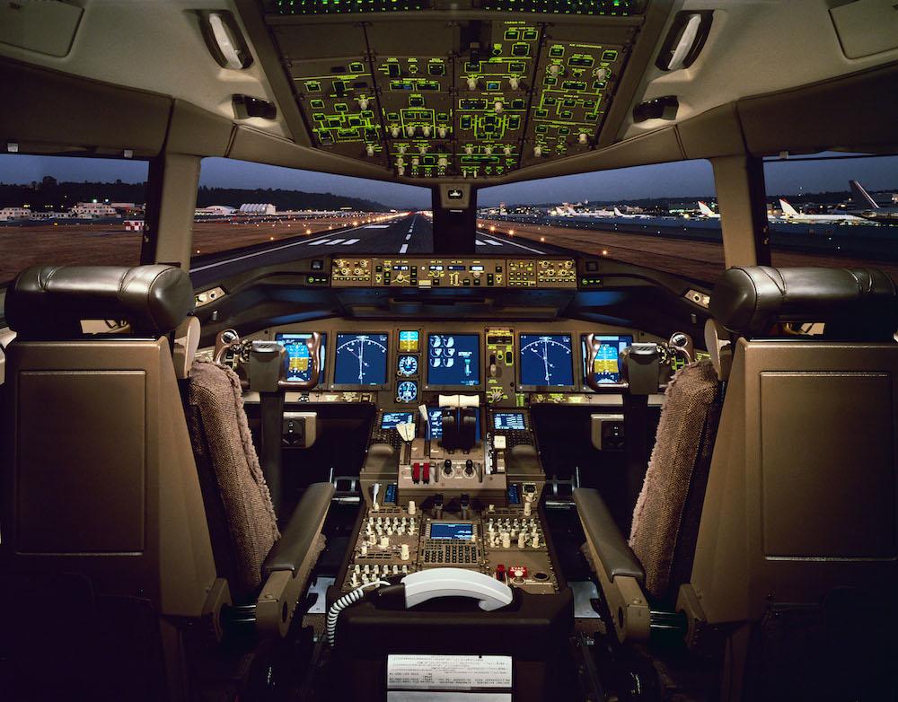 pilotul stewardesa